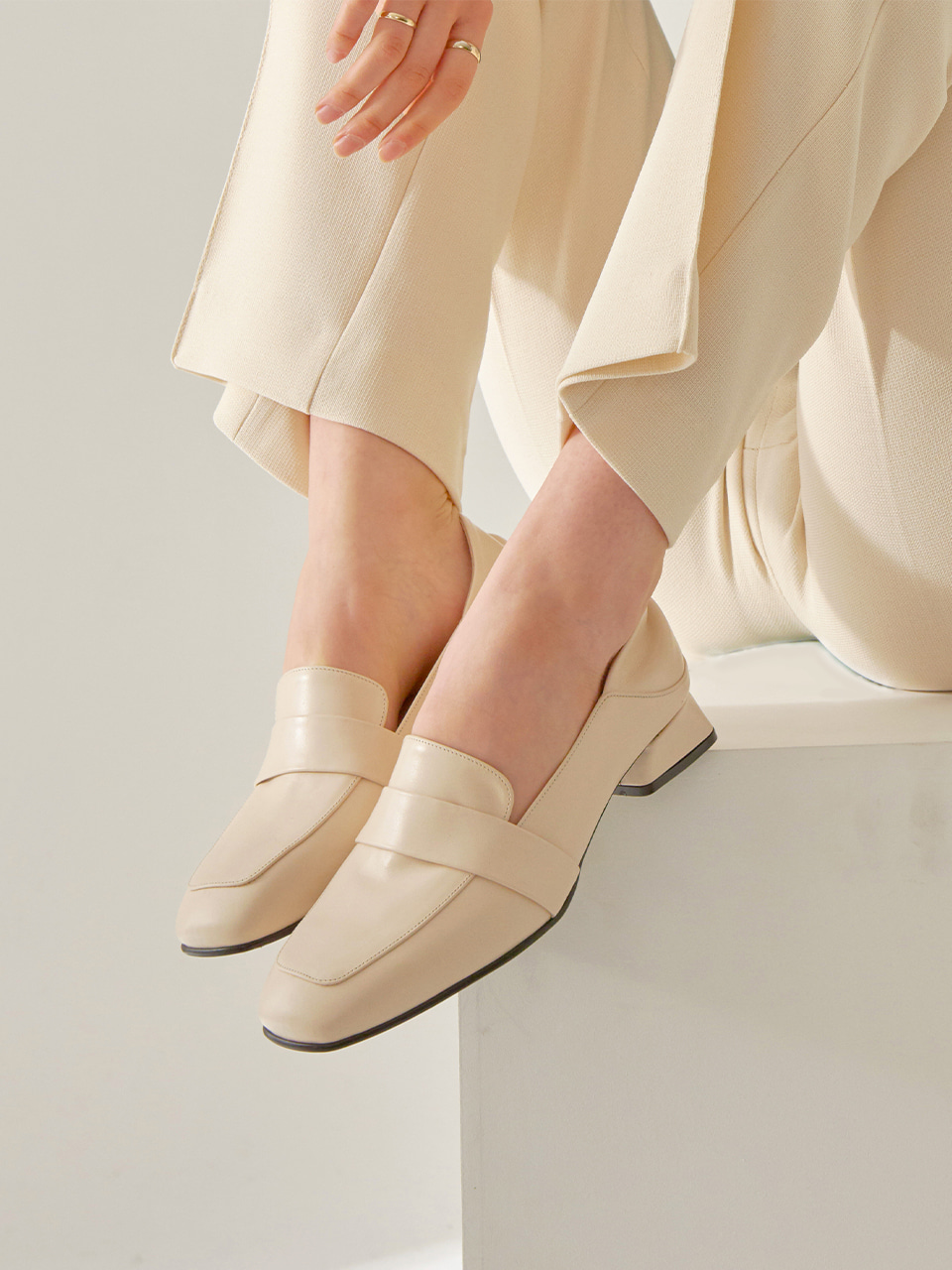 [AILEEN LOAFER] L-01IV