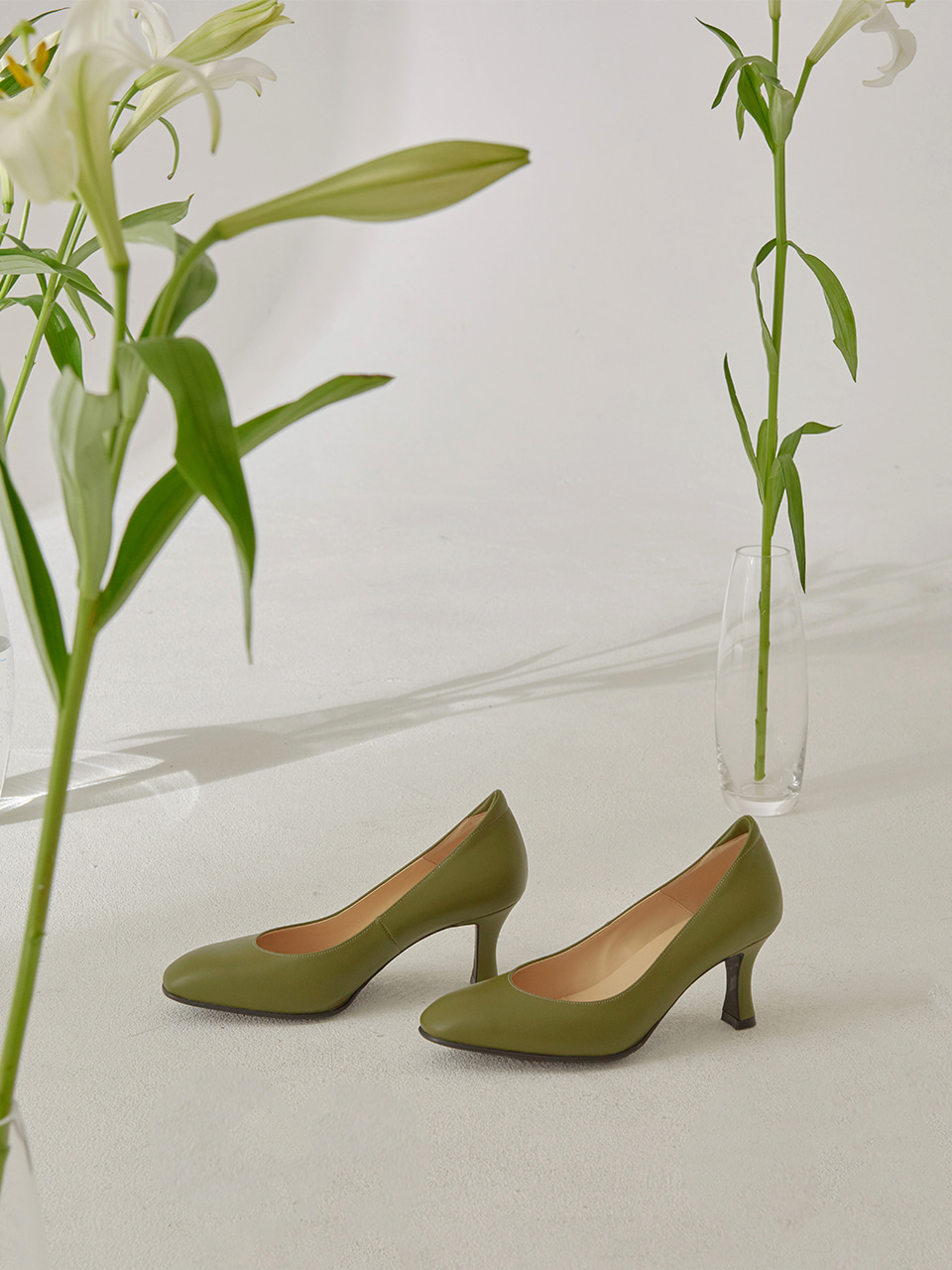 DAISY PUMPS(Olive)
