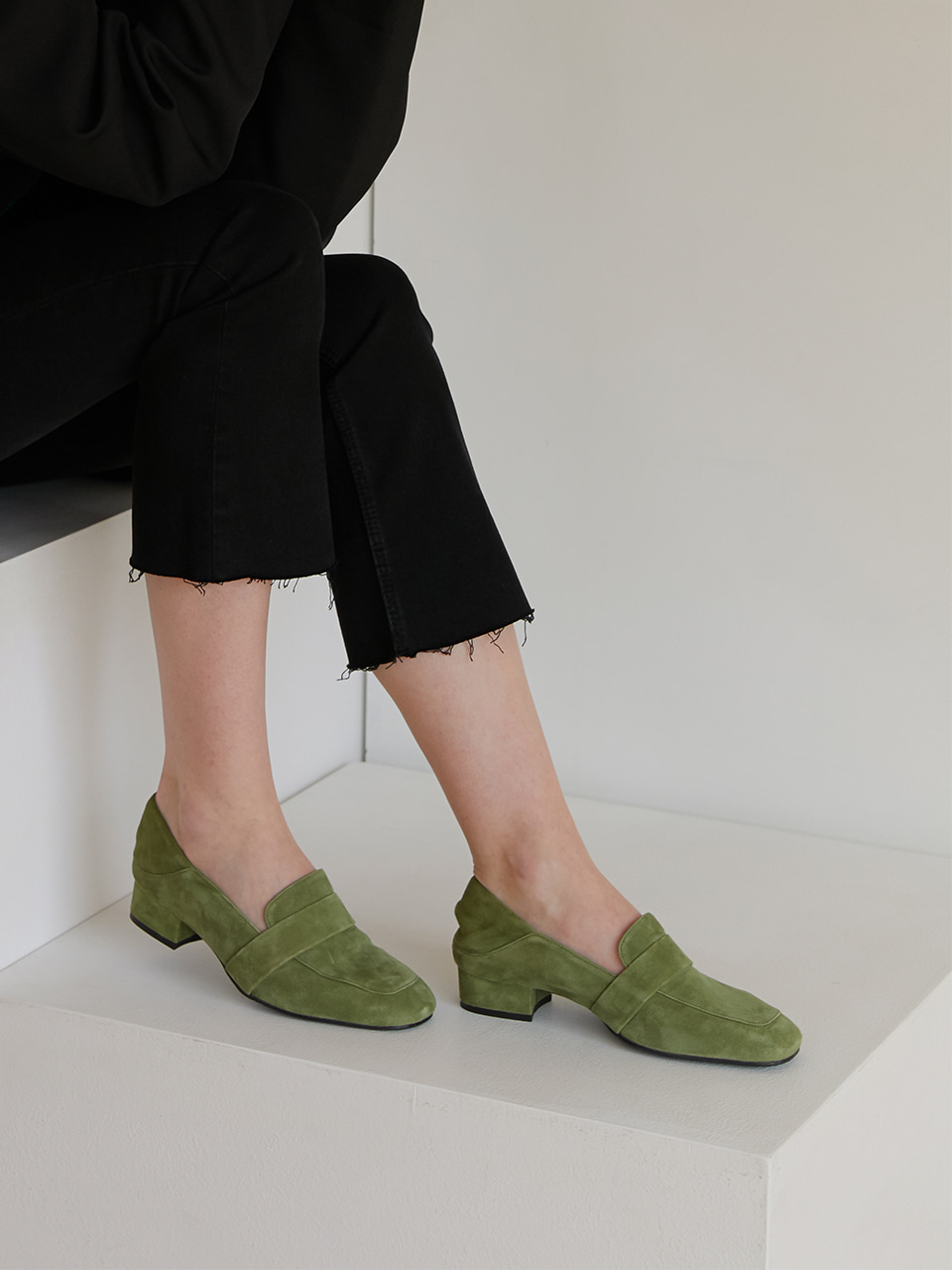 AILEEN LOAFER L-01OV(Olive green)