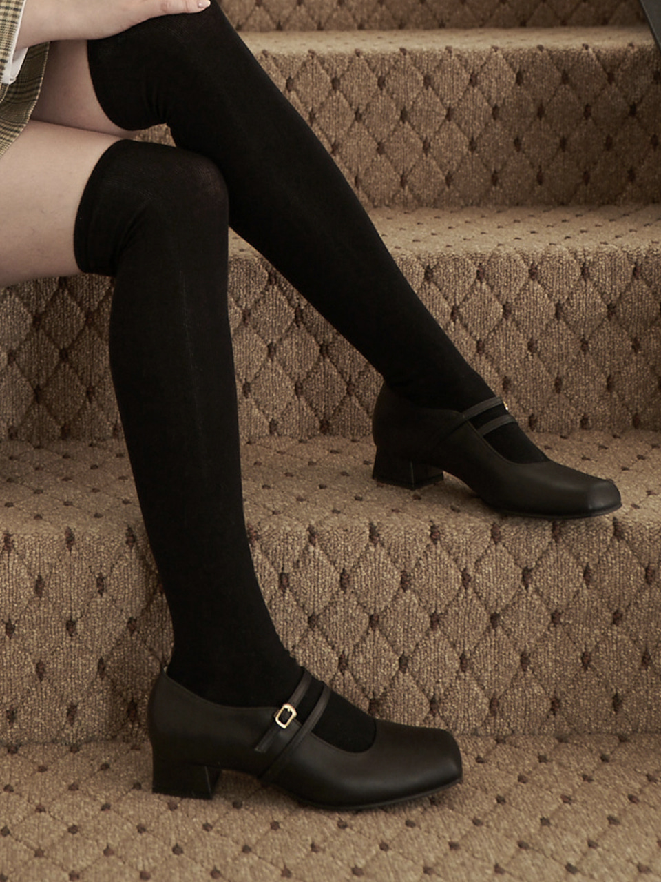BERYL STRAP PUMPS(Black)